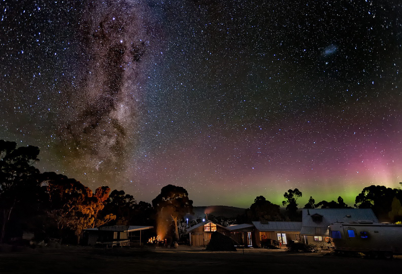 Bruny Island Lodge with the Milky Way